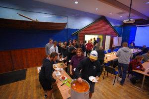 Renès fiskesuppe er fredagstradisjon på festivalen